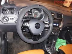 Продаю Volkswagen Polo 2018 автомат хозяин 1,побег 42